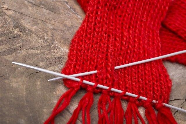 通販で手芸の材料をお探しなら「株式会社ポプラ」へ!~織り機・編み機・棒針も販売~