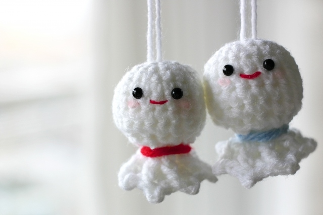 通販で毛糸を買うなら「株式会社ポプラ」へ!~小物やセーターを作るのに最適な手芸用品も販売~