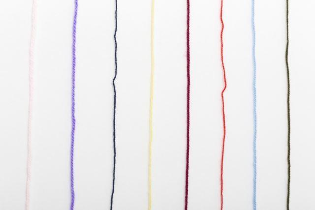 毛糸でセーターやマフラーを作ろう~超極細・極細・極太・超極太まで豊富な品揃え~